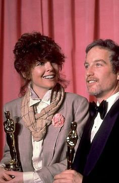 "Diane Keaton & RIchard Dreyfuss - Best Actor (""The Goodbye Girl"") and Best Actress (""Annie Hall"") 1977 Classic Actresses, Actors & Actresses, Diane Keaton Annie Hall, The Goodbye Girl, Oscar Films, Best Actress Oscar, Old Movie Stars, Hooray For Hollywood, Star Wars"