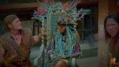 """Gil & Uma sitting in her """"throne"""""""