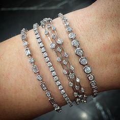 Diamond Bracelets, Diamond Jewelry, Bangle Bracelets, Bangles, Necklaces, Wedding Accessories, Jewelry Accessories, Jewelry Design, Earring Trends