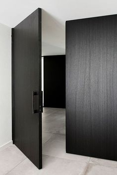 White Internal Doors With Glass Black Interior Doors, Black Doors, Interior Shutters, Modern Entry, Modern Exterior, The Doors, Windows And Doors, Entry Doors, Front Doors