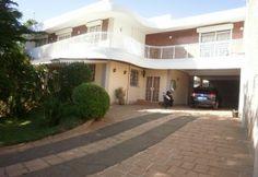A vendre villa F7 piscine Alarobia Tananarive par ofim | Agence immobiliére à Tananarive