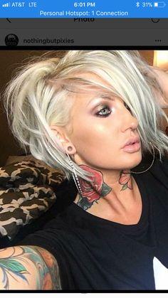 I wish my hair would do this! Medium Hair Cuts, Short Hair Cuts, Medium Hair Styles, Short Hair Styles, Love Hair, Great Hair, Gorgeous Hair, Haircut And Color, Messy Hairstyles