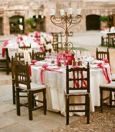 fiestas mexicana elegante | Gorgeous Spanish Style Wedding