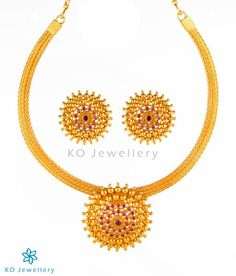 Beautiful gold-dipped Sterling Silver choker necklace from KO Jewellery, the best place for gold plated jewellery online shopping. Sterling Jewelry, Pearl Jewelry, Silver Jewelry, Silver Ring, Sterling Silver, Chunky Silver Necklace, Gold And Silver Bracelets, Tanishq Jewellery, Gold Temple Jewellery