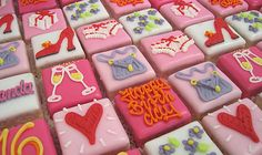 Square Cupcakes a cute idea Square Cupcakes, Little Cakes, Happy Birthday Me, Cherry Blossom, Biscuits, Sweets, Drink, Baking, Party