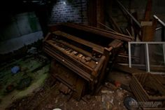 An organ in an abandoned house  #abandoned #organ #house #photography