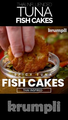 These Thai tuna fish cakes hit all the right flavour sensations, hot, sour, sweet & salty and they come with a delicious easy dipping sauce. Tuna Recipes, Spicy Recipes, Curry Recipes, Seafood Recipes, Indian Food Recipes, Asian Recipes, Appetizer Recipes, Cooking Recipes, Tuna Fish Cakes