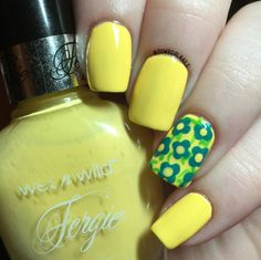 Wet n Wild - Fergie-colada #yellowmani #summernails #dumbgirlnails #nailart - bellashoot.com