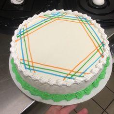 DQ cake design hexagon look