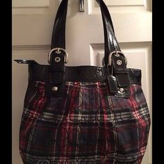 Coach signature handbag and 2 matching wallets COACH Poppy multi-color plaid tartan fabric w/signature overlaid print in black, black patent leather trim, Snaps on each exterior end for bag expansion, 4 metal feet on bottom. Break away zipper closure, 3 interior pockets, 1 zip pocket bearing COACH creed. Matching large zippered wallet w/6 credit card and a med coin/3 credit card wallet included. All in excellent condition. Coach Bags Shoulder Bags