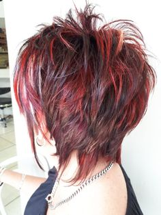A wonderful blend of vibrant colors added to a choppy cut