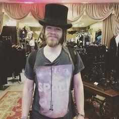We stock top hats big enough for big dreads!! #dreads #dreadstophat #dreadlocks #dreadhead #galleryserpentine #dreadssydney @tom.yaxley