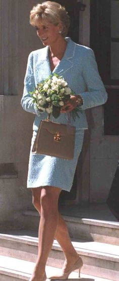 April 21, 1997: Diana, Princess of Wales at the British Lung Foundation in London. Photo by Dave Chancellor/alpha/Globe Photos,inc.