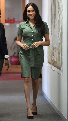 Meghan Markle says royal tour with baby Archie has been 'a full plate' as she talks candidly ahead of last day Duke And Duchess, Duchess Of Cambridge, Meghan Markle Engagement, Kate And Pippa, Meghan Markle Style, Royal Dresses, Royal Engagement, Prince Harry And Meghan, Archie