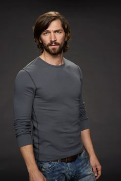 Orphan Black S2 Michiel Huisman as
