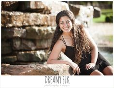 outdoor high school senior photo, avery ranch golf course, austin, texas {dreamy elk photography and design}
