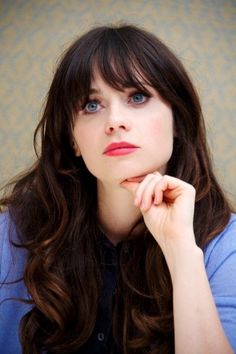 Six Reasons Why Zooey Deschanel Is An Amazing Role Model More