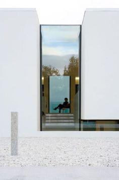 Fascinating Modern Minimalist Architecture Design 35