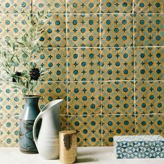 New Kitchen Tiles Geometric Fired Earth Ideas Kitchen Tiles, Kitchen Colors, New Kitchen, Kitchen Redo, Country Kitchen, Wall And Floor Tiles, Wall Tiles, Kitchen Interior, Interior And Exterior