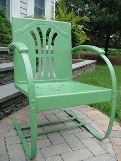 frugal farmhouse design: vintage garden chair makeover