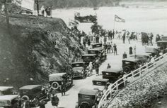 Tallebudgera Creek bridge, Burleigh Heads, Gold Coast, Queensland, 1927 - The opening ceremony of the Tallebudgera Creek bridge. Gold Coast Queensland, Gold Coast Australia, Queensland Australia, Roaring Twenties, Local History, Sunshine State, Back In Time, The Good Old Days, Opening Ceremony