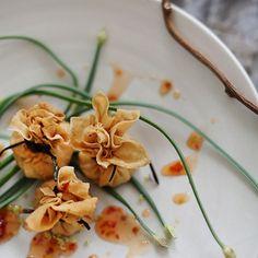 Golden Pocket (Thai appetizer)