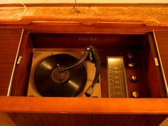 How-To vamp up old record player consoles