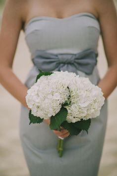 White hydrangea bouquet for wedding