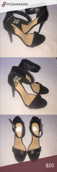 BRAND NEW, Black High Heels!! 👠 No box but BRAND NEW never worn!!! SM Shoes Heels