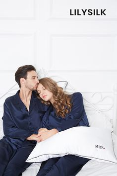 Simple Couple Matching Pajamas #hisandher #pajamaset #pajamassatin #silkpajamas