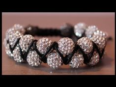 Compilation of Cool DIY Tutorials on How to Make a Shamballa Bracelet Patterns with step-by-step instructions to make it easy and guide you well! Shamballa Bracelet, Bracelet Crafts, Seed Bead Bracelets, Seed Bead Jewelry, Macrame Jewelry, Macrame Bracelets, Jewelry Crafts, Handmade Jewelry, Bracelets