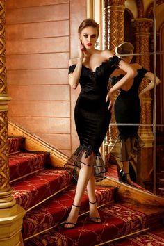 """O rochie conica MIDI neagra te va surprinde cu alaturarea materialului-vedeta-catifeaua cu pretioasa dantela de pe umeri! Avand topul cu dantela pe umeri si pe bust, cupe push-up, spatele semi-gol formand un romb si fusta conica terminata in garnitura de dantela si un volan transparent de tul, aceasta rochie iti va pune in valoare silueta armonioasa cat ai zice...""""petrecere de Anul Nou""""! Nu mai sta pe ganduri, te vei incalta cu stiletto, desigur pentru efect maxim! Bodycon Dress, My Style, Dresses, Fashion, Vestidos, Moda, Body Con, Fashion Styles, Dress"""
