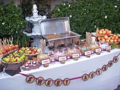 If I had a fall wedding this Carmel apple bar would be a must!!!!!!!!!