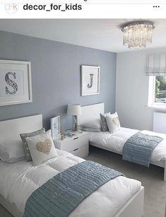 Charming Kids Bedroom Design Idesa With Jungle Theme 42 Twin Girl Bedrooms, Sister Bedroom, Bedroom Red, Single Bedroom, Small Room Bedroom, Home Bedroom, Bedroom Decor, Twin Bedroom Ideas, Small Rooms