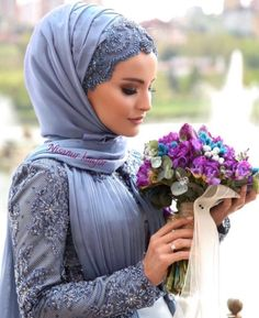 The picture may contain: 1 person Hijab hijabers 9 Muslim Wedding Dresses, Muslim Brides, Wedding Hijab, Muslim Girls, Bridesmaid Dresses, Wedding Bridesmaids, Dress Wedding, Turban Hijab, Bridal Collection