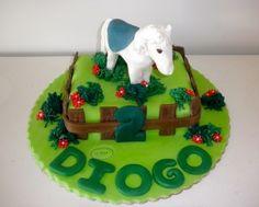 bolo com cavalo branco / white horse cake