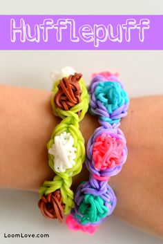 How to Make a Rainbow Loom Hufflepuff Bracelet - Machines et élastiques : http://www.creactivites.com/268-elastiques-loom