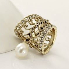 Gold Crystal Filigree Pearl Pendant Scarf Ring #