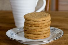 *not too little sugar please. digestive biscuits, aka whole wheat shortbread recipe on Digestive Cookie Recipe, Digestive Cookies, Digestive Biscuits, English Biscuits, British Biscuits, Tea Biscuits, Biscoff Biscuits, Shortbread Recipes, Cookie Recipes