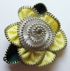 Yellow and White Floral Brooch / Zipper Pin by ZipPinning 3011 by ZipPinning on Etsy