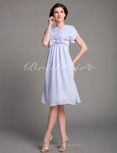 A-line Chiffon Knee-length V-neck Mother Of The Bride Dress - $89.99