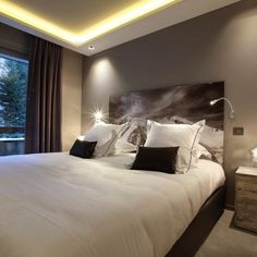 This charming contemporary hotel has recently been completely refurbished and redecorated. It is located just 50 metres from the nearest ski lift. Ski Lift, Contemporary, Bed, Projects, Furniture, Design, Home Decor, Homemade Home Decor, Stream Bed