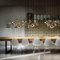 Sie heißt Nostalgia, aber die Leuchte von Studio Italia Design ist mit innovativer LED Technik ausgestattet. Energie sparen beim in Erinnerungen Schwelgen!