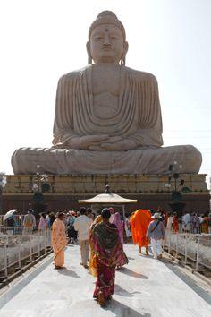 Towards Buddha | Bodhgaya, Bihar, India