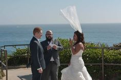 This is exactly why you need your Veil Weights by Save the Veil when you are getting married outside!!!