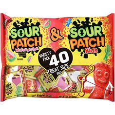 Sour Patch Kids Valentine's Day Variety Candy Treat Size Packs - 40 Count with Sour Patch Watermelon and Original Flavor Valentines Day Bags, Valentine Treats, Sour Patch Watermelon, Homemade Gift Boxes, Pink Candy Buffet, Chewy Candy, Sour Patch Kids, Sour Candy, Valentine Chocolate