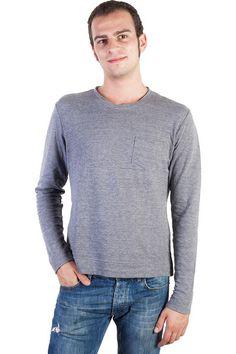 Buy online man Pirelli PZero grey cotton long sleeve t-shirt by Pirelli PZero  for € 33,00 on Luxyuu. Available now t-shirt round neck long sleeve one pochetcomposition: 76% Cotton, 18% Nylon, 6% Ramie color: grey http://www.luxyuu.com/pirelli-pzero-pirelli-pzero-grey-cotton-long-sleeve-t-shirt-P21616.htm