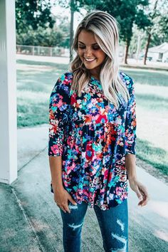 Off the Racks Boutique | Women's Online Boutique | Women's Clothing Boutique | FREE SHIPPING IN THE USA Boutique Clothing, Fashion Boutique, Women's Clothing, Feelin Groovy, Badass Style, Trendy Girl, Cute Rompers, Trendy Tops, Boutiques