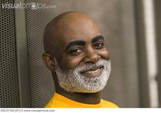 African man with beard smiling Beard Look, Sexy Beard, Beard Styles For Men, Hair And Beard Styles, Grey Hair Men, Gray Hair, Beard Trend, Black Boys Haircuts, Handsome Bearded Men