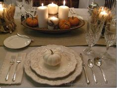 neutral fall tablescape | ... have to be ostentatious… Simple and neutral can be very elegant